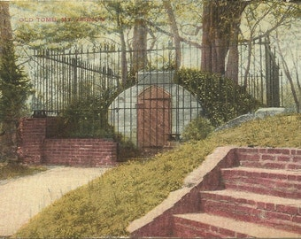 """Washington's Grave Site """"The Old Tomb Mt Vernon"""" The original tomb that Washington was laid to rest in Vintage Postcard over 100 years old"""