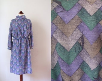 Vintage Poly Dress - Purple 1970's Dress with Abstract Print - Size M