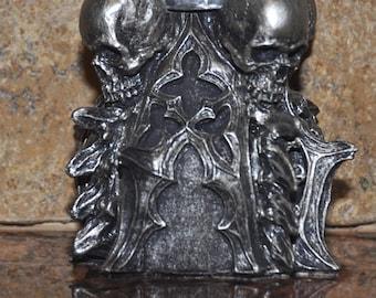 Requiem Gothic Tealight holder
