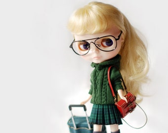 Miss yo hand-knitted twist pattern hooded sweater for Blythe doll - doll outfit - Green