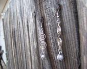 swirls & pearls