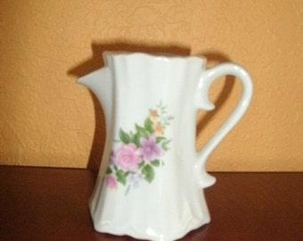 Creamer, Petite, Floral Pattern/MADE IN KOREA/Victorian