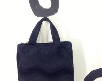 90s Black Wavy Gradient 3D Fuzzy Handbag