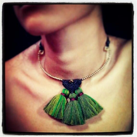 TRIBE : Green Olive Short Bib necklace