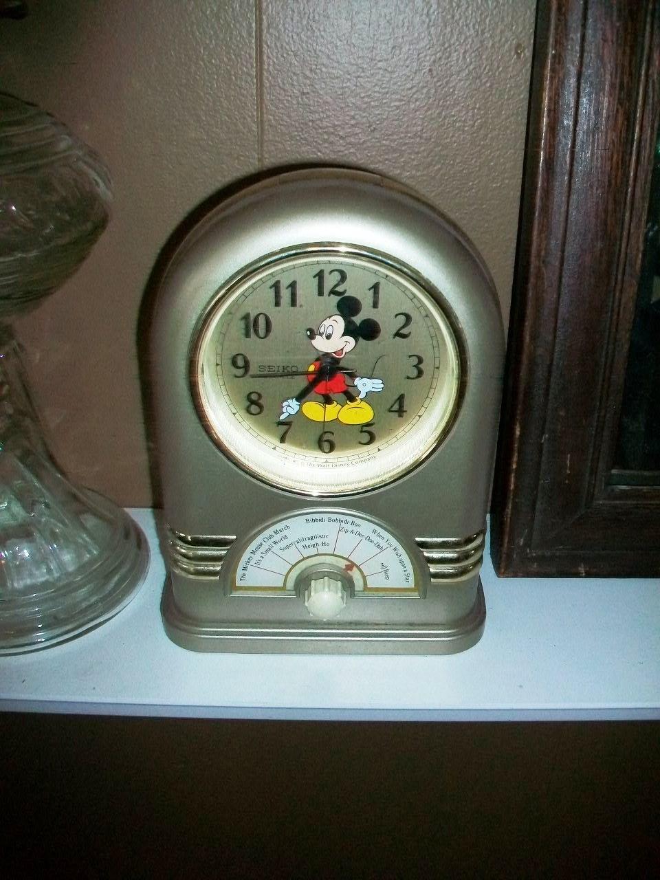 Vintage Seiko Mickey Mouse Clock Musical Alarm 1980s