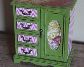 SALE 15% OFF  Refurbished Painted Mustad Green/ Pink Vintage Jewelry Box