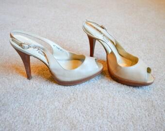 1970s SIZE 7 wood stacked peep toe sling back heels