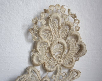 Antique Italian applique-lace // 19th Century-Tuscany