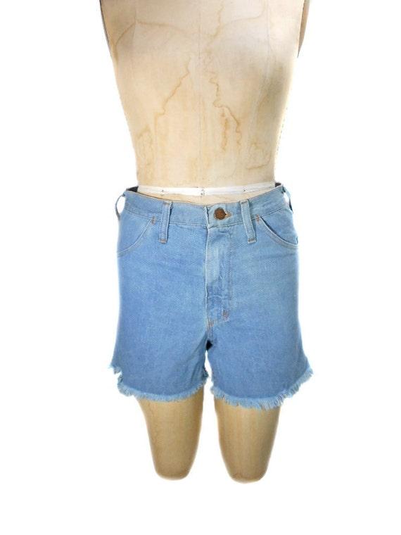 1970s Wrangler Cutoff Denim Shorts - Daisy Duke Shorts - Jean Shorts - Deadstock NWT - Waist Size 30