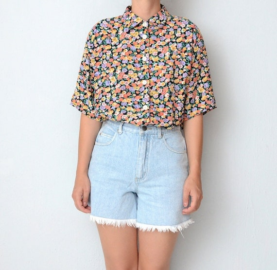 Vintage floral button up 90s shirt