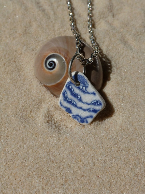 Blue and white tiny sea pottery necklace