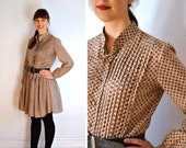 50% OFF Vintage 1970s Beige Diamond Print Long Sleeve Dress / Button Up Brown Patterned with Pin Tuck Top / Circle Skirt with Half Collar