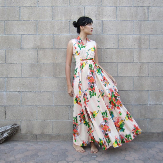 vintage floral maxi dress/ 70s colorful summer by MILKTEETHS