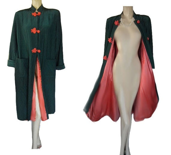 REDUCED DRASTICALLY Vintage Saybury Quilted Robe Love Knot
