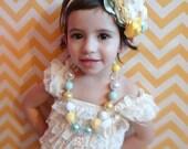 Vintage Chunky Beaded Necklace- Chuncky Necklace-Little girls necklace Bubblegum necklace- Girls chunky necklace