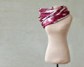 ikat infinity scarf, SALE, silk ikat scarf, loop, endless scarf, ethnic silk ikat in garnet or dark red and white, tribal, from Uzbekistan