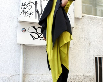 Summer Extravagant Top / Loose Sleeveless Black top / Vest  / Extravagant Asymmetric Tunic  Top / Amazing Scarf A06066