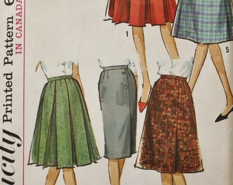 1960s Five Skirt Wardrobe Vintage Sewing Pattern Simplicity 5627 Waist 25