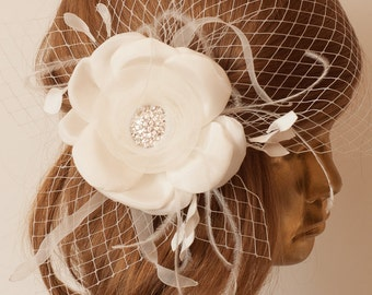 Delicate Ivory Flower with stylish Zircon Brooch adorned with BIRDCAGE VEIL, Bridal FASCINATOR.