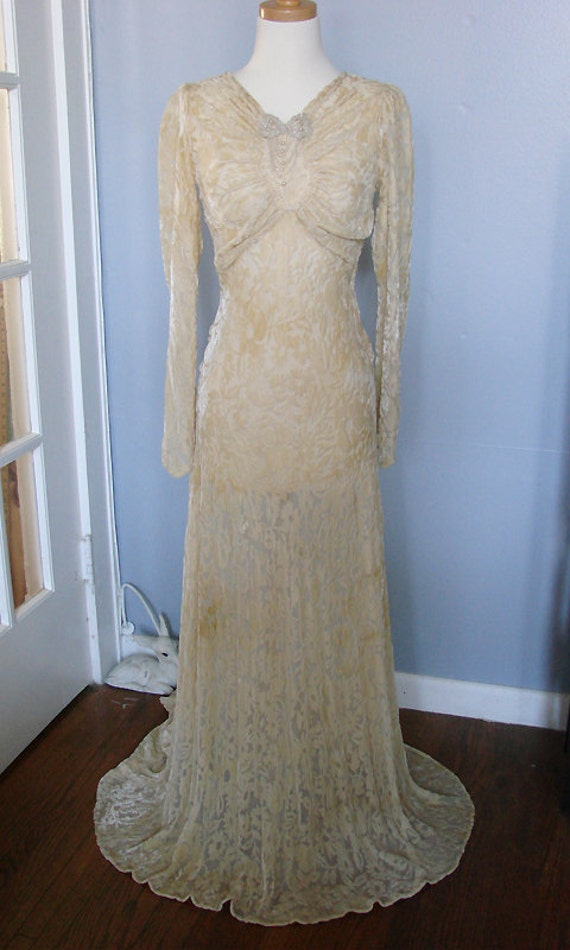 Sale vintage 1930s long sleeve wedding dress ivory champagne for Long sleeve wedding dress for sale