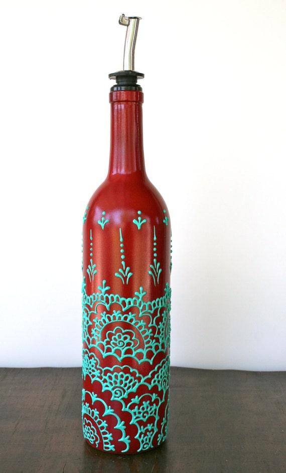 bouteille de vin peint main verseur huile d 39 olive par lucentjane. Black Bedroom Furniture Sets. Home Design Ideas