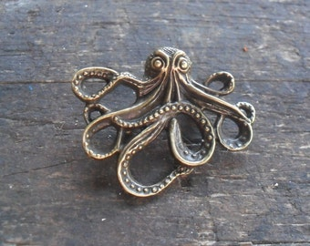 "Steampunk Octopus Brooch 1 3/4"" (43mm), Jules Verne, 20,000 Leagues Under the Sea"