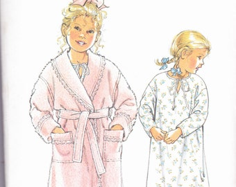 Simplicity 7524 Vintage Pattern Little Girls Robe and Nightgown Size 3,4,5,6,7,8