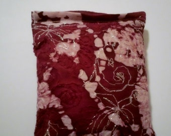 Yule Blend Reiki Rest and Relaxation Small Square Herbal Dream Pillow in SPARKLE BERRY