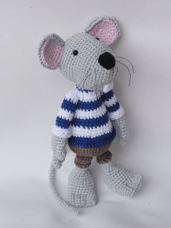 Amigurumi Patterns Free Mouse : Amigurumi Crochet Pattern - Rumini the Mouse from IlDikko ...