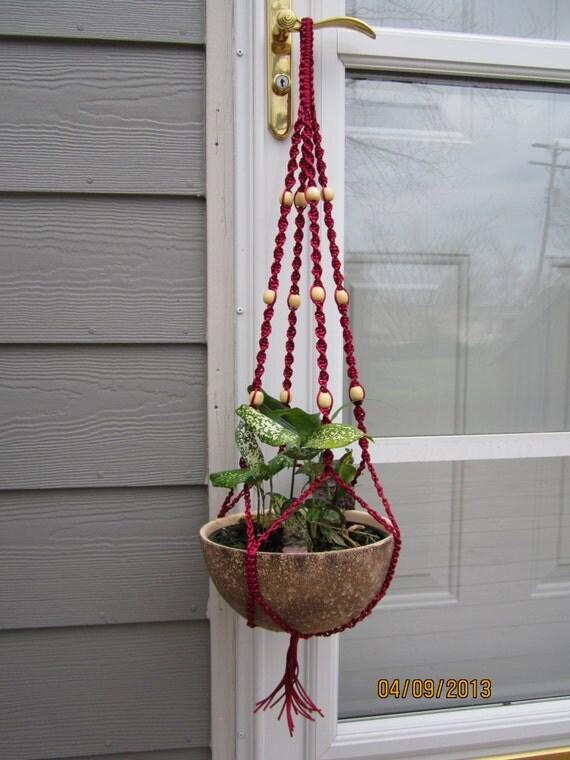 Art culos similares a nylon rojo colgante de plantas - Colgadores de macetas ...