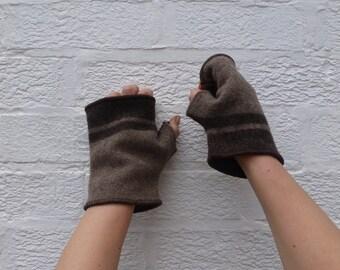 Fingerless gloves brown wool mitts teens gloves mens handmade fingerless mittens brown winter gloves ladies fingerless wool handmade mittens