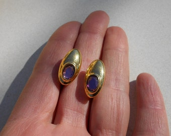 earrings vintage clip on by Trifari gold tone oblong with amethyst stones