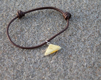 Amber Leather Bracelet White Baltic Amber Charm Natural Men Jewelry Unisex Fossil Beach Eco Friendly  Father's Day Gift