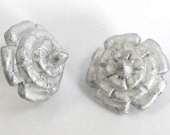 Replica Tudor Pewter Dudley Buttons for Renaissance/Elizabethan Reenactment
