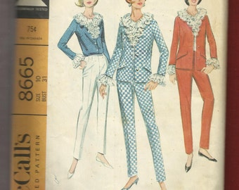 1967 McCalls 8665 Lace Ruffled Blouse & Princes Seam Jacket Size 10