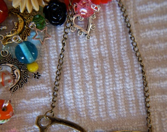 Vintage Style Eyeglasses Pendant Necklace