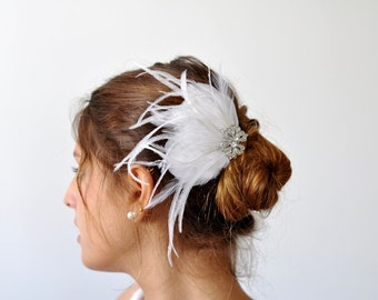 Bridal white Feather head piece ,feather fascinator Bridal , Bridal hair piece, Wedding Hair Accessory, bridal cluster Rhinestone Fascinator