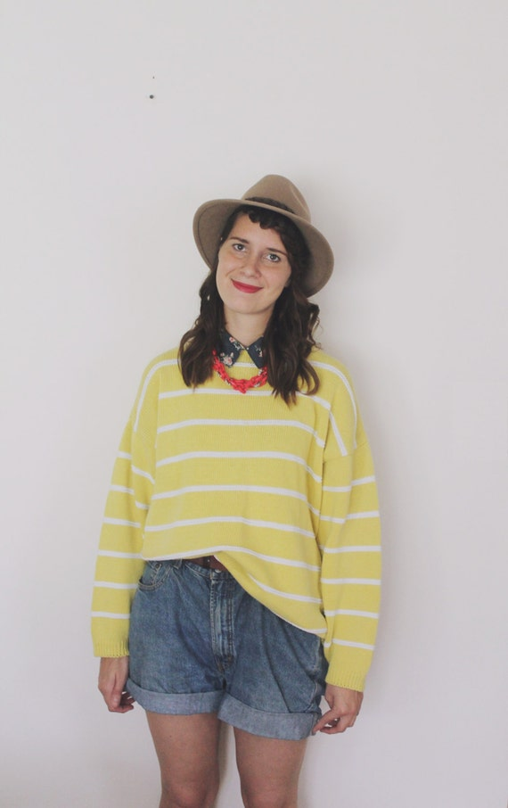 Vintage 1970's Fistful of Daisies Sweater