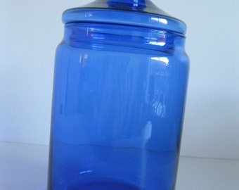Perfect vintage Apothecary style storage jar blue glass