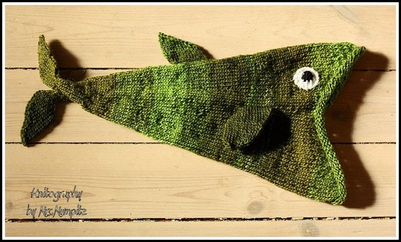 Knitting Pattern For Fish Hat : Funny fish hat for kids hand knitted by KnitographyByMumpitz