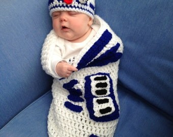 R2 D2 Baby Cocoon.