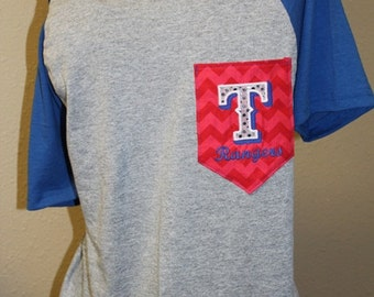 Texas Rangers Pocket Off-the-Shoulder Shirt Chevron Baseball
