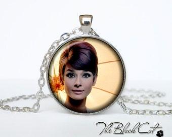 Audrey Hepburn  pendant Audrey Hepburn  necklace Audrey Hepburn  jewelry actor jewelry (PA0004)