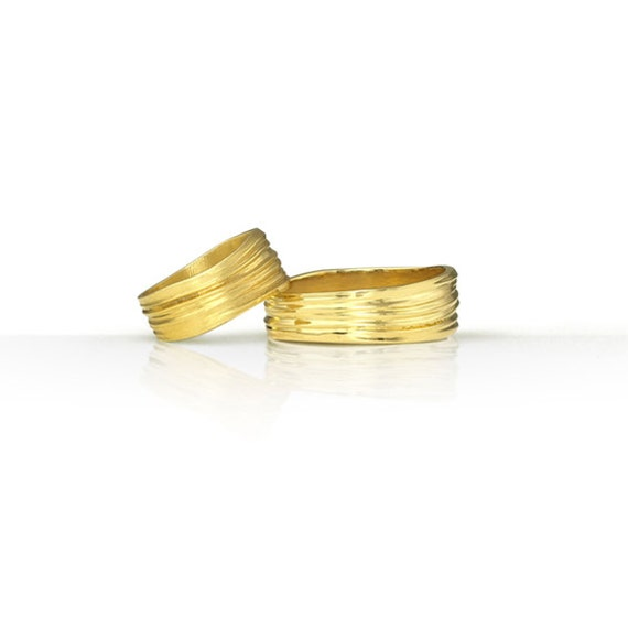 unisex wedding band set in 14k yellow or white gold by
