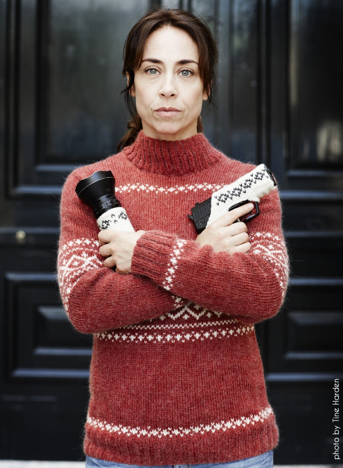 Strawberries & Crime - a knitting pattern inspired by The Killing (Forbry...
