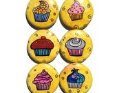 Cupcake Magnets or Pinbac...