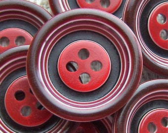 Retro Red Vintage Buttons 22mm - 7/8 inch Two Tone Striped Mod Ring-Around Bull's Eye Plastic Buttons - 7 VTG NOS Glossy Red Buttons PL236