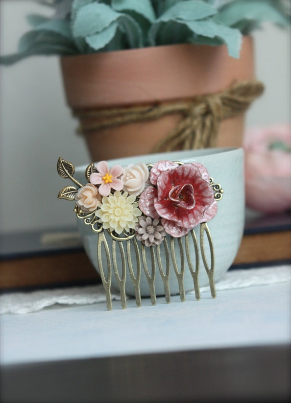 A Rustic Burnt Red, Metal Flower Collage Filigree Hair Comb. Vintage Style Collage Comb. Bridesmaids Hair comb. Wedding Bridal Hair Comb.