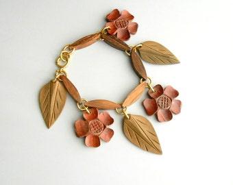 Wood Flowers & Leaves Bracelet.  1940s Carved Wood.