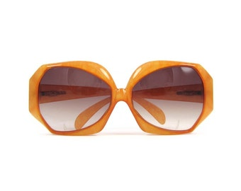 Fun in the Sun - Vintage Christian Dior Sunglasses with Original Case, Butterscotch Yellow Bug Eye, Very Rare Style 2025, Color 30